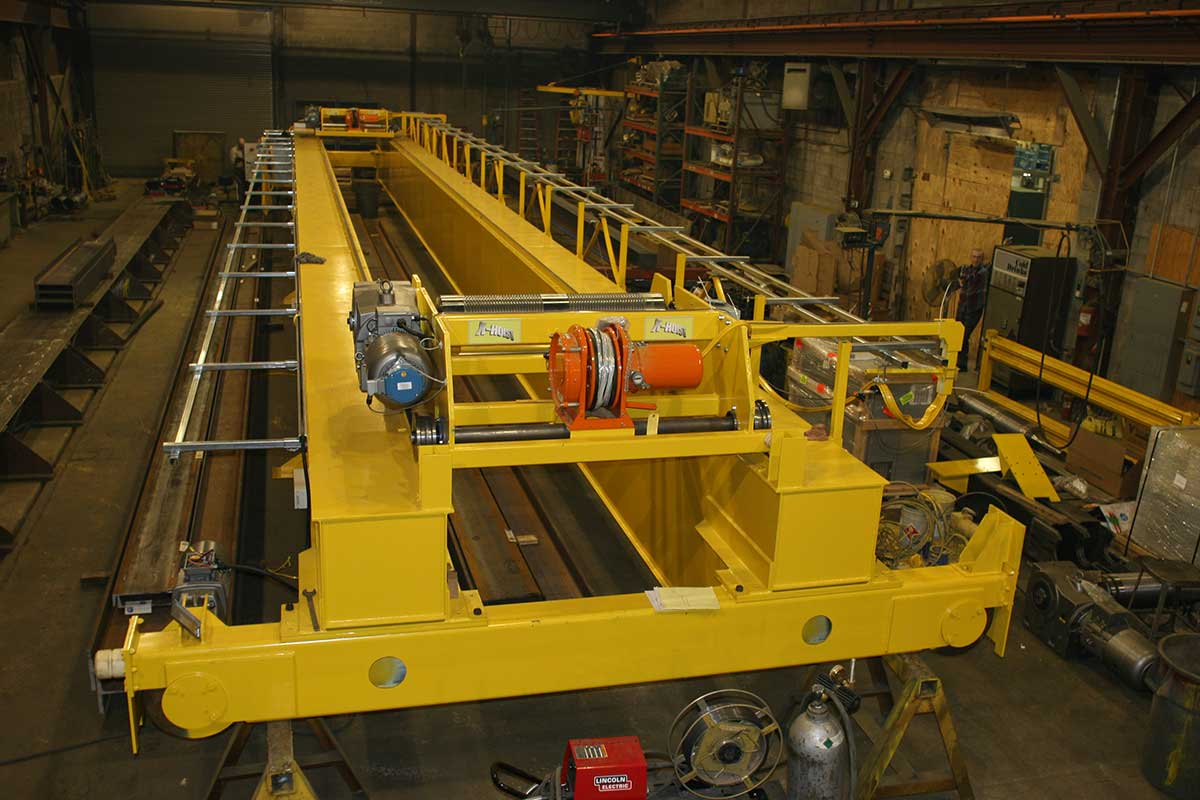 Expert Crane machinery